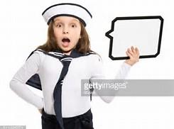 スピーチをする少女